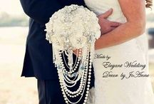 ELEGANT BROOCH BOUQUETS / Rustic Bouquet, Brooch Bouquets, Jeweled Wedding Bouquet, Elegant Bouquets, Fancy Bouquet, Custom made Bouquet, Vintage Style Bouquet, Gem Bouquet  https://www.etsy.com/shop/Elegantweddingdecor
