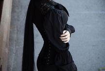 Gorgeous Gothic Girls