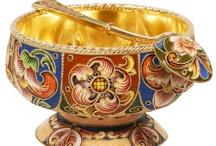 Bowls & Servingware