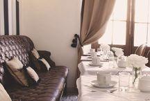 Villa Vicuña Salta / Hotel boutique en Salta, Argentina. Reciclado a nuevo, sin perder el encanto de lo antiguo, Villa Vicuña ofrece una atractiva fusión entre la magia de lo tradicional y el confort de lo moderno.  La calidez propia de esta casa colonial se combina con el aire francés de sus ambientes y la esmerada atención personalizada para crear un maravilloso equilibrio entre el placer de sentirse en casa y la inigualable sensación de visitar un lugar nuevo.