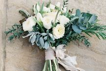 Flowers: whites & greenery