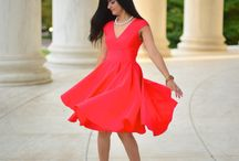 Lady-in-red – classic-red-dress-with-pearls / There is something about a classic Red dress. It is bold, confident and yet so feminine, romantic & mysterious. http://zunera-serena.com/red-dress/