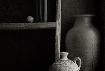 DARK INTERIORS / A darker mood for the Autumn and Winter months.