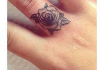 parmak tattoo