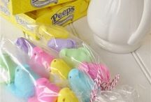 Here Comes Peter Cottontail / Easter