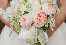 Pretty Wedding Bouquets / by LuxeFinds.com .