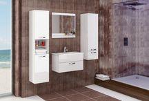 JENA Koupelny / Zapalte svíčky, pusťte si pohodovou hudbu a uvolněte se relaxací ve vyhřáté vaně. V krásně vybavené koupelně se budete cítit prostě báječně!