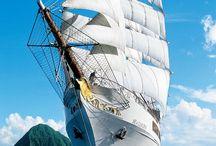 Hajók, vitorlások / Mikor a szél feszíti a vitorlát és a víz permet az arcodhoz ér...