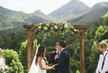 Altars and Archways / Wedding archways
