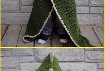 Lorraine hooded blanket