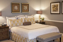 Bedroom Ideas / by Lisa Whiteneck