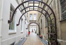 Oui Oui Paris / by St. John's Alumni