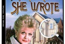 Favorite TV Shows / by Cheryl Storozyszyn