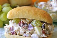 healthy lunch salad bun