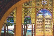 Restoring an Architectural Icon / In December 2006, the Herbert & Eileen Bernard Museum of Judaica created this exhibition featuring photographs taken by the architects upon the completion of the original construction in 1929, presented in dialogue with corresponding images taken during the course of the recent restoration.