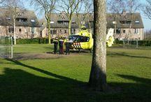 Lifeliner / Een Mobiel Medisch Team (afgekort: MMT, ook wel traumateam genoemd) is in Nederland een team bestaande uit een drietal personen, inzetbaar om snel medische bijstand te verlenen. Een MMT werkt vanuit een van de elf traumacentra in Nederland. Van deze elf MMT's zijn er vier 'paraat'. Dit zijn ook de vier teams die over een helikopter (de zogenaamde traumahelikopter of Lifeliner) beschikken.
