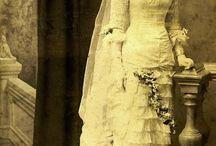 Viktoria korabeli esküvői ruhák