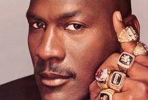 Sports / Basketbal, Voetbal, Sporting Legends!