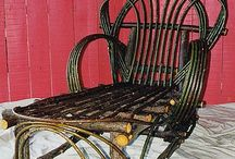 Rustic Furniture / http://jewelryladyredriver.com
