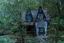 dream homes / craftsman, cottage, cabin, victorian   / by beth