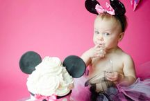 minnie mouse themed photoshoot