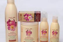 LÍNEA A BASE DE ACEITE DE ROSA MOSQUETA / Productos elaborados a base de aceite de Rosa Mosqueta, extraído por presión en frío.