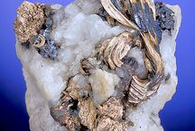 Stones, Rocks and Jewellery / Jewellery and other beautiful rocks. / by Minna Kilpeläinen