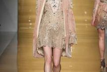 Reem Acra Ready To Wear Fall 2015 / So nice and feminine.