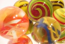 Art Photography: Colorful Marbles / Art photography featuring reflective colorful glass marbles #artphotography #photography #colorfulmarbles #photosofmarbles