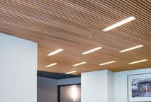 Entry ceiling / Timber slats