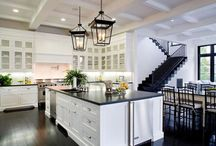 Kitchens / by Angie Royce Schultz