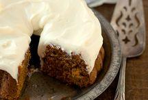 Cakes / by Jayne Hamblin