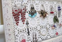 Jewelry display's