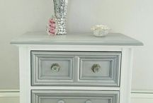 chalked painted furniture