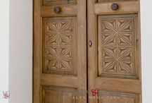 #Porte in Massello di Teak indoor outdoor / Interior Exterior door teak designs / Consulente arredatore Paolo Gerardi produce e vende Porte in legno .......................... #Porte #parquet a listoni in legno massello TEAK ANTICO direct line ... cell. 3891537792 Marini&Gerardi uff. 0832 321882 orario: 10.30 / 13.00