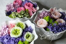 greenfingers freezed dry flower arrangement