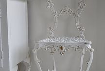 White treasures / Decorating with white