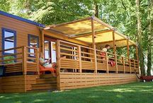 Eurocamp Unterkünfte / Ob modernes Luxus-Mobilheime, Bungalow- oder Safarizelt – Eurocamp Unterkünfte sind auf tollen Campingplätzen komplett aufgestellt und bezugsfertig eingerichtet.