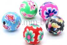 Polymer Clay Perlen / Polymer Clay Perlen  Polymer Clay Perlen oder auch Fimo Perlen gennant sind aus Polymer-Modelliermasse hergestellt. Die günstige, farbenreiche Perlen eignen sich zur Herstellung von Ketten, Armbändern, Ohrringen oder Anhängern. Sie sind sehr pflegeleicht, langlebig und die Oberfläche der Perle ist seidenmatt und die Farben wirken sehr intensiv. Viel Spaß bei der Umsetzung Ihrer kreativen Ideen.