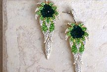 FLORAL OF SPRING EARRING / Swing style Gold tone artistically Clear / Green / Emerald diamanté