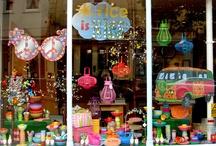 Eye Catching Retail Displays / Creative eye-catching retail displays and spaces