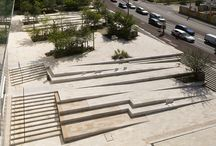.Urban Design-Plaza / plaza and squares.  Examples with a sense of enclosed Sunken plazas and stepped plazas