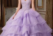 mis vestidos  de XV´´5´´