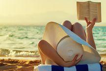 Vida de playa / Caminar en la arena, tomar sol, bañarse en el mar. ¿Qué más se necesita?