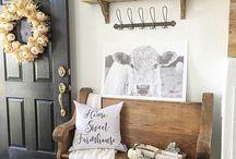 Rustic Farmhouse Home Decor / Beautiful rustic and farmhouse home decor on a budget.