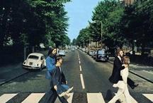 Fab' / Les Beatles  sur certaines photos, on croirait les Vampires Week-end non ? / by Eugénie *
