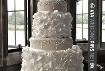 Wedding Cakes 2017 / Enjoy our wedding cakes 2017 board below and check back often to see all of the new and upcoming wedding cakes 2017 has to show us! Enjoy these cool wedding cakes from 2017 below! ;)