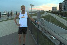 Videoclips: How to Run / Der Weg zum Marathon. Hier findest Du Videos, wie Du Dich optimal auf einen Marathon vorbereiten kannst. Vom Anfänger bis zum Profi ist für jeden etwas dabei!
