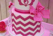 birthday cakes / by Leigh McCreless