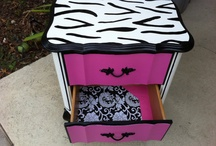 Old furniture painted / by Carla Bilbrey